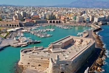 希腊克里特岛首府新冠疫情恶化采取紧急限制措施